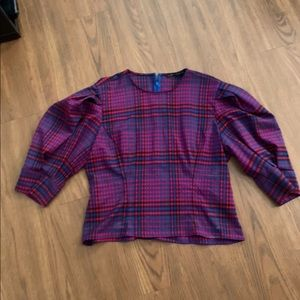 Cropped plaid puff sleeve top